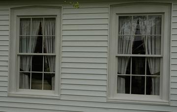 Wooden_windows