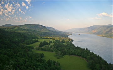 Columbia_river_gorge
