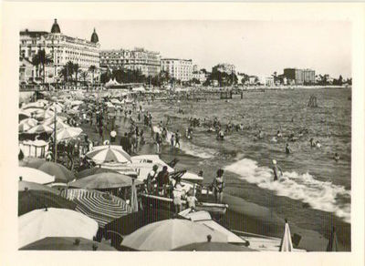 Vintage postcard cannes 1