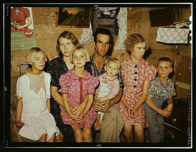Library of congress family portrait 1940