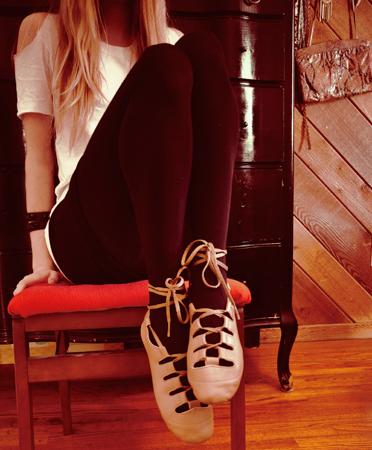 Lace-up-dance-shoe-0a