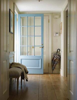 Inside door aqua