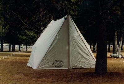 Tent_wedge_01_400x0