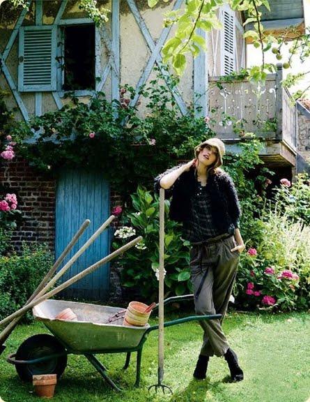 English_garden_girl