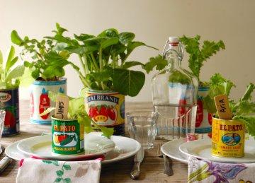 Tin_can_centerpiece_veggies
