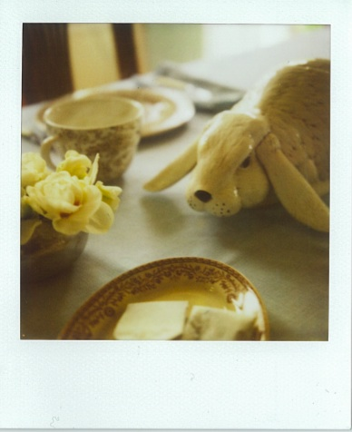 Easter_table_setting_with_english_china