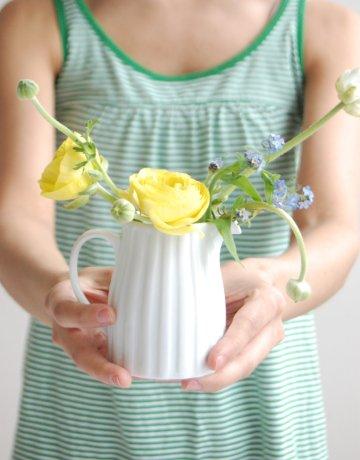 Green_yellow_simple_wedding