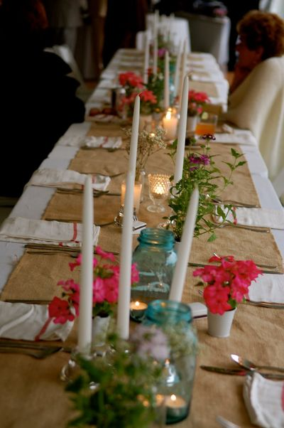 Garden-wedding-table-candles
