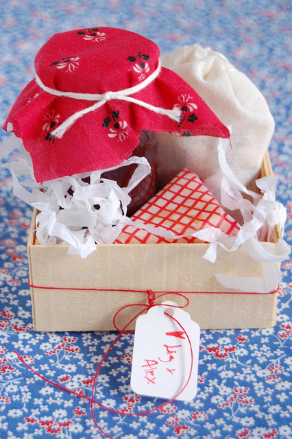 wedding-gift-boxes-out-of-town-guests