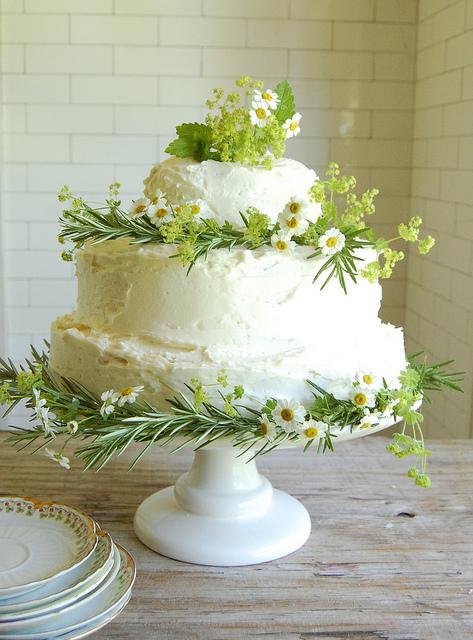 Wedding-cake-herbs