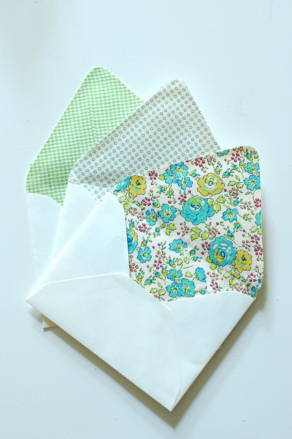 Fabric-lined-envelope-how-to