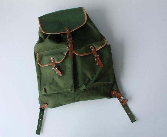 Vintage army pack
