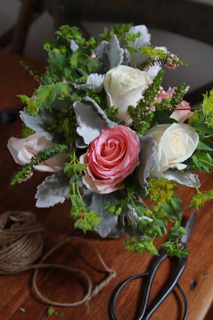 Bouquet with pink rose twine and scissors