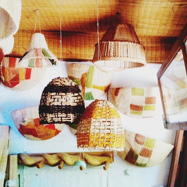 Los dominicos woven lamps