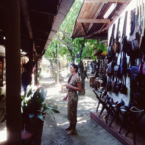 Los dominocos leather market