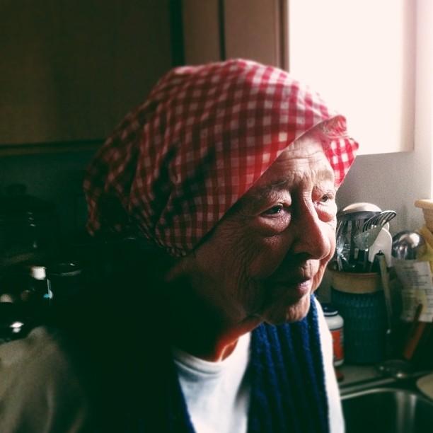 Granny kerchief
