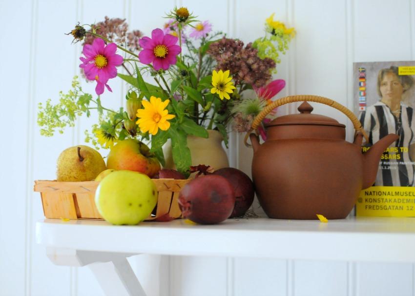 gotland kitchen flowers teapot