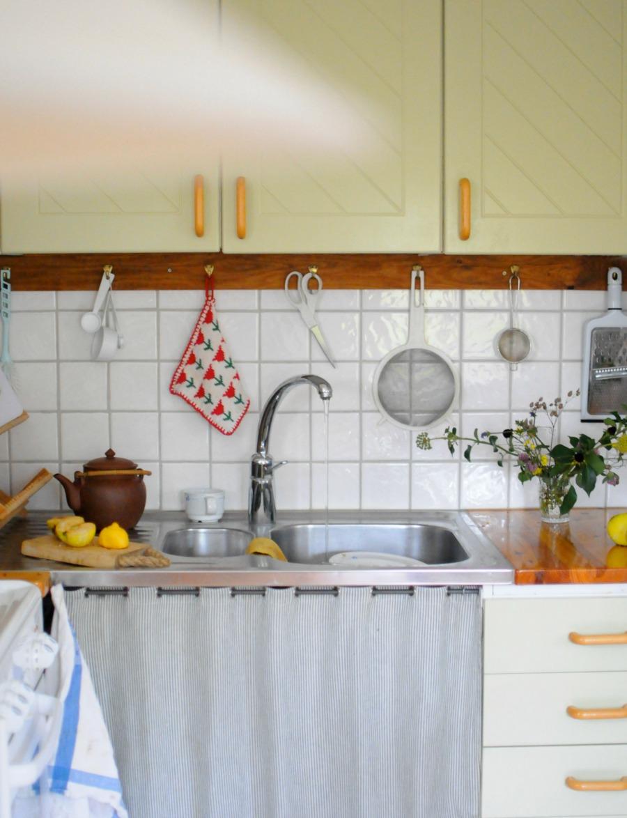 swedish cottage kitchen